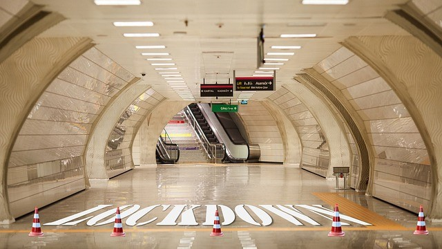 london tube lockdown